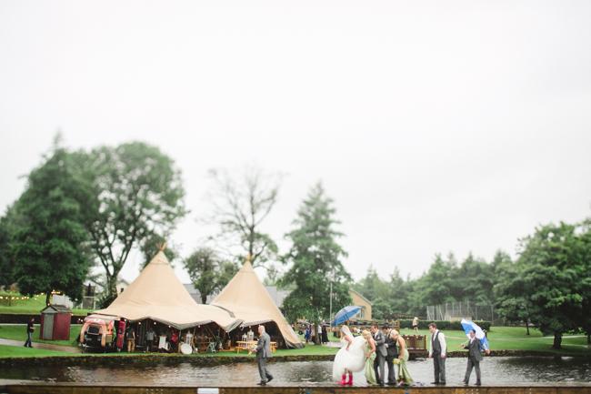 Blackbox Photography - Tipi wedding - 076