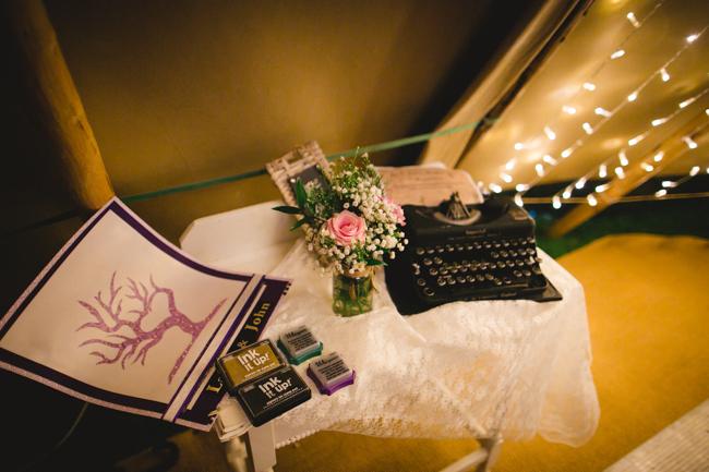 Blackbox Photography - Tipi wedding - 082