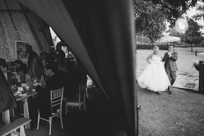 Blackbox Photography - Tipi wedding - 085