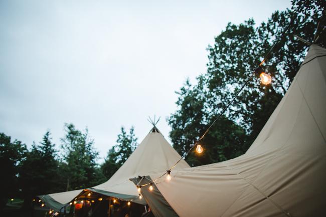 Blackbox Photography - Tipi wedding - 118
