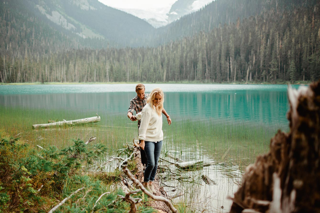 Joffre Lake Photographer - Jessica & Brian039