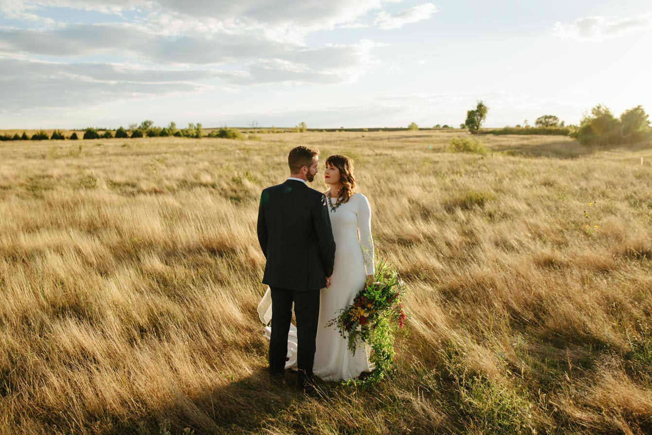 Colorado Barn Wedding // Haxtun, United States // Audrey ...